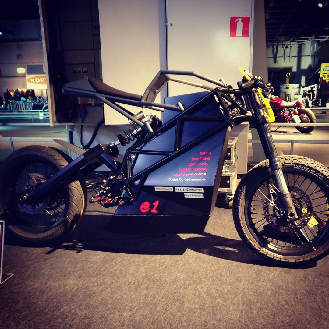 16464382_181664625650222_3880858940300328960_n Homemade Electric Motorcycle Plans on dc motor for motorcycle, homemade 4 cylinder motorcycle, hydrogen motorcycle, battery powered motorcycle, homemade go kart, homemade boat, homemade cafe racer motorcycle, homemade moped, steampunk motorcycle, homemade water motorcycle, homemade motorcycle garage, homemade motorcycle parts, t-rex mini motorcycle, cool homemade motorcycle, homemade standard motorcycle, ryno 1 wheeled motorcycle, homemade wood motorcycle, self-balancing motorcycle,