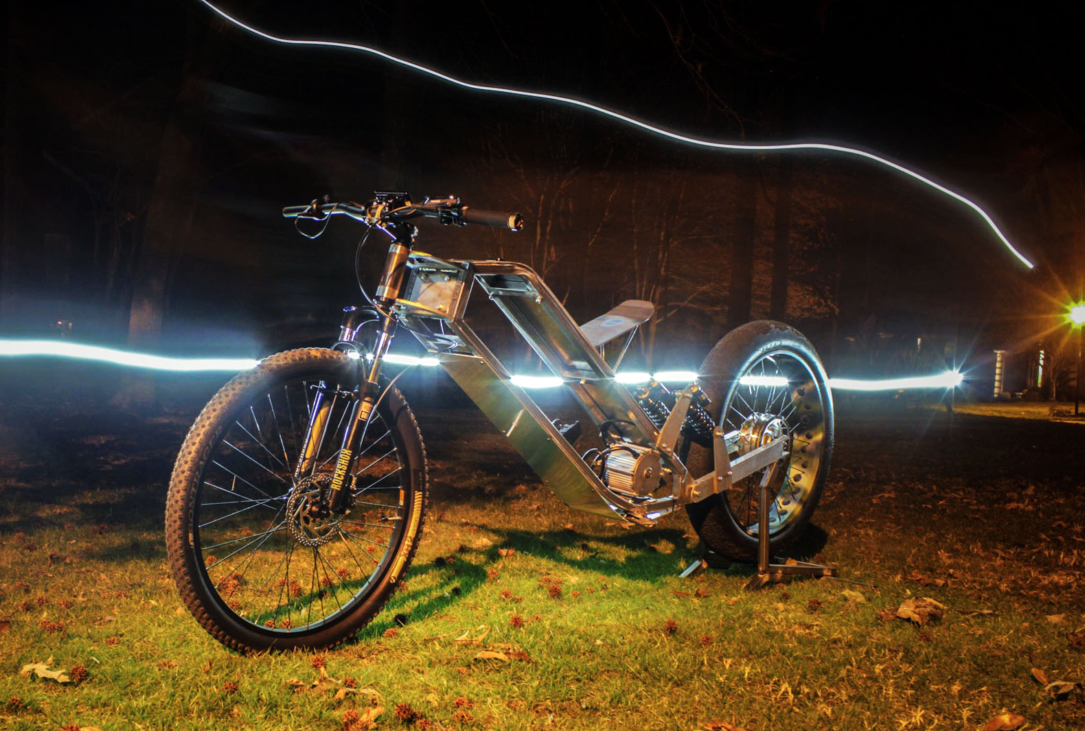 Student builds diy electric motorcycle in a flash