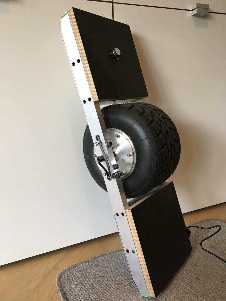 DIY ONEWHEEL Electric Skateboard from Poland | EvNerds