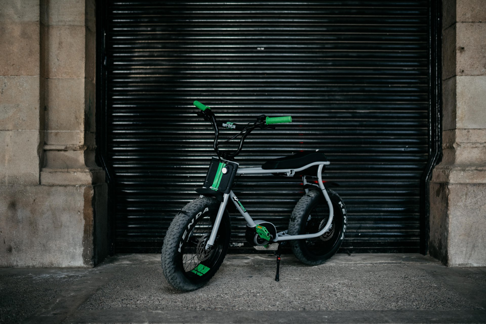 LIL'BUDDY E-bike is Ingenious Move By Ruff Cycles | EvNerds