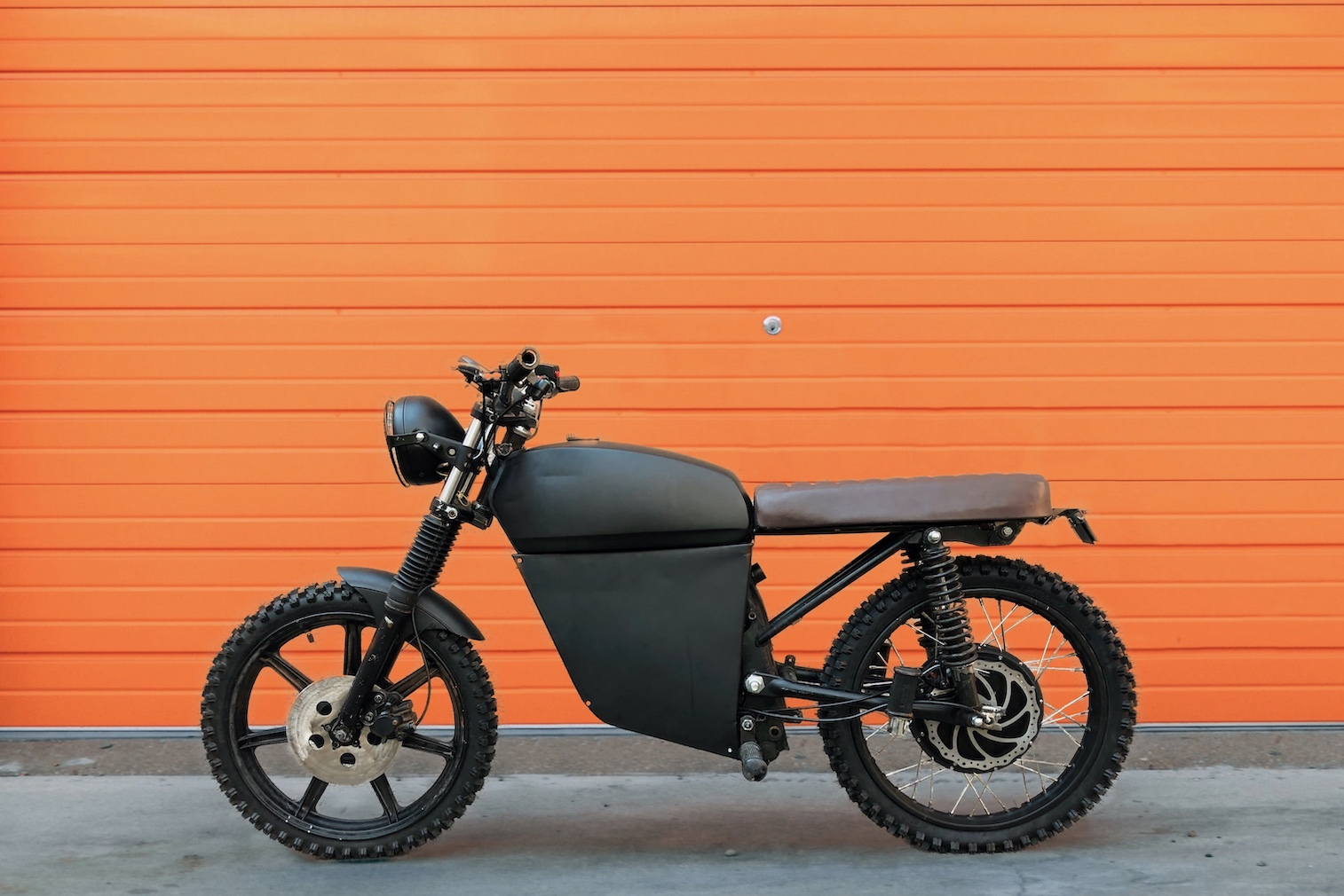 The electric motorbike for trendy rebels